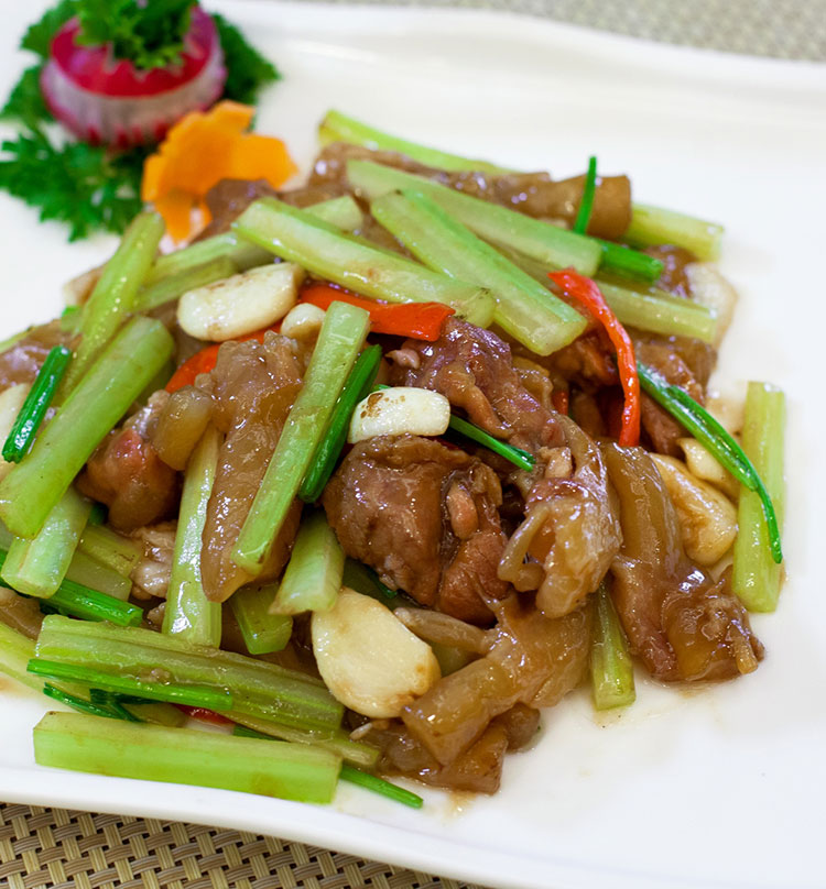 Stir Fried Pig Tendon with Celery, 芹香炒猪蹄筋