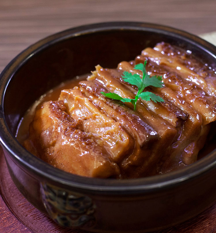Braised Pork Belly with Fresh Yam Root, 南乳山药扣腩肉