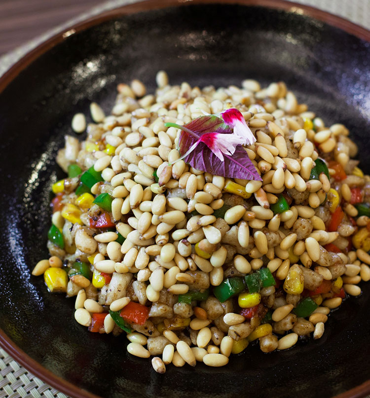 Stir Fried Fish Mousse with Sweet Corn & Pine Nuts, 鱼米之香