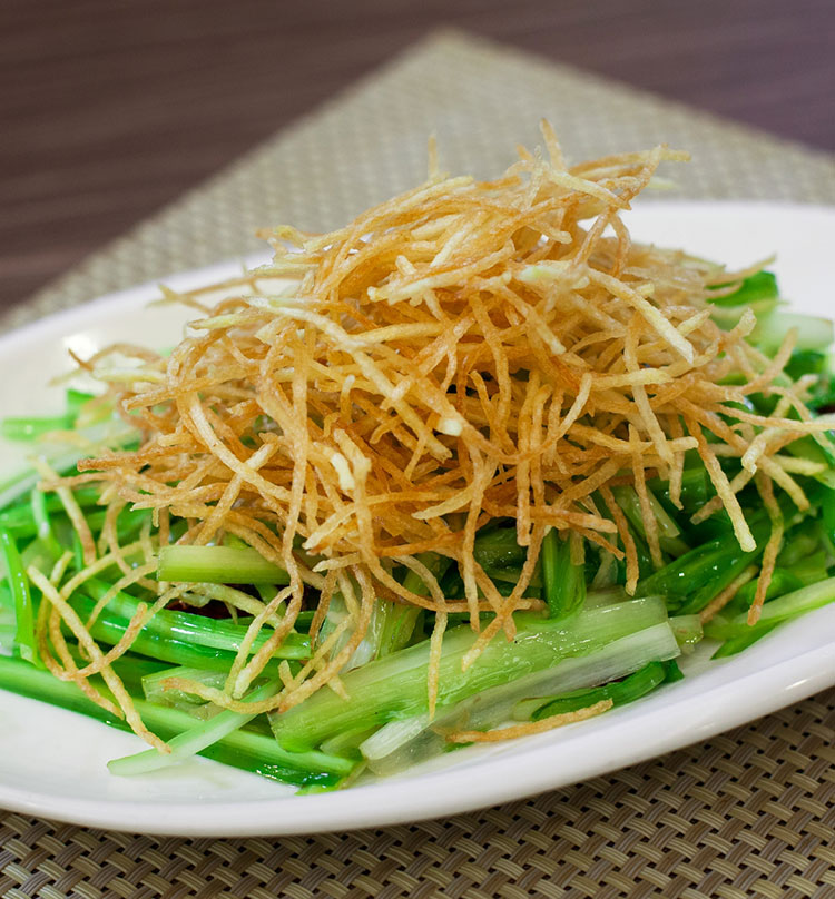 Soy Fried Dragon Greens with Crispy Shredded Potato, 炝炒青龙菜爽土豆