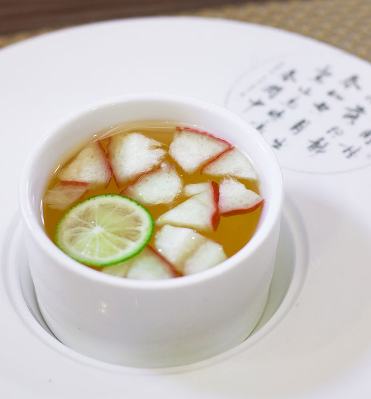 Chilled Honey Lime Juice with Wax-Jambo, 青柠蜜味莲雾冻
